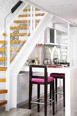 楼梯下好用餐 15个楼梯间的巧妙设计